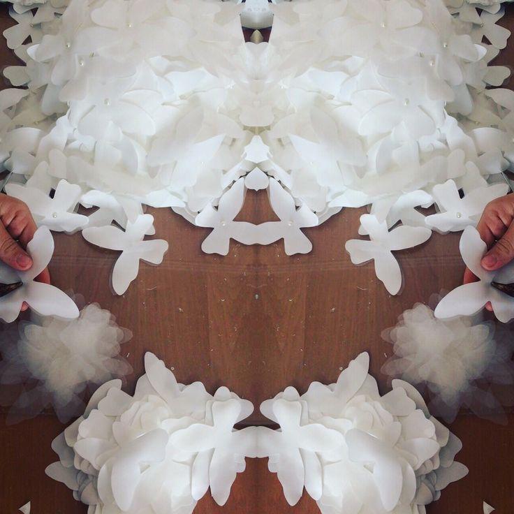 #workinprogress #happyday #beautifulwork #workhardbigdream #newcollection #newcollection2017 #bridecollection #bridecollection2017 #dresstobe #margoconceptatelier #dresstoimpress #margo #margoconcept #brasov #rochiedemireasa #nouacolectie #butterfly #dresswithbutterfly #butterflydress #butterflybride