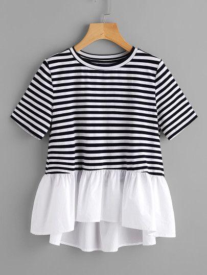 T-Shirt mit Falten und Streifen