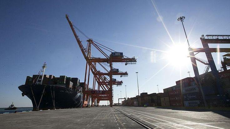 Türkiye'nin ihracatı, eylülde geçen yılın aynı ayına göre yüzde 8,7 artarak 11 milyar 848 milyon dolara yükselirken, ithalatı yüzde 30,6 artışla 19 milyar 982 milyon dolar olarak gerçekleşti.