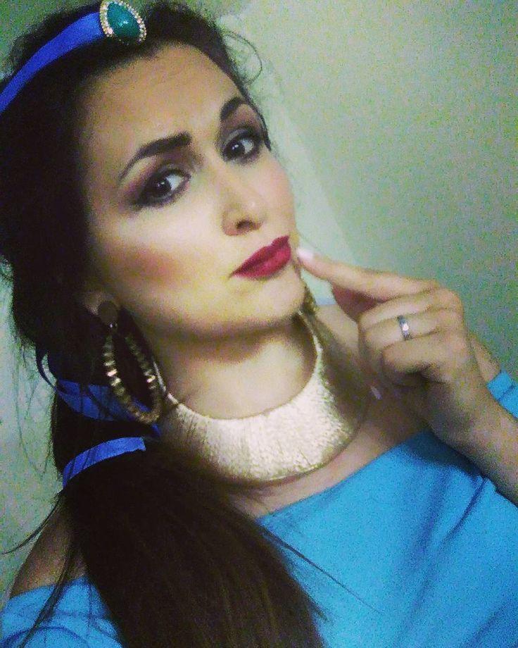 Principessa Jasmine �� Almeno per un giorno✨ Trucco meraviglioso realizzato da @chiaroscuro_makeup ������ Grazie per aver pensato a me amour ��  #principessa#jasmine#aladin#disney#makeup#girl#girlgeneration#l4l#f4f#goodnight http://misstagram.com/ipost/1556139570356090897/?code=BWYhLHIAPgR