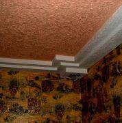 Покраска потолка фактурной краской