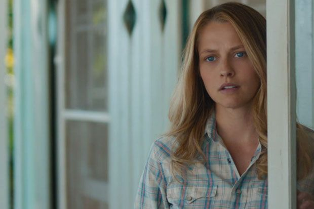 'The Choice' Trailer: Teresa Palmer Must Decide Between Two Hot Men