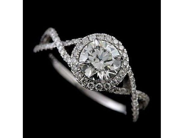 Fotogallery: Gli anelli di fidanzamento più belli - foto 60 di 125
