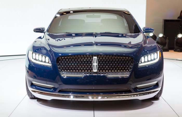 2019 Lincoln Continental: Big and Luxury Sedan That Bring Full Comfort