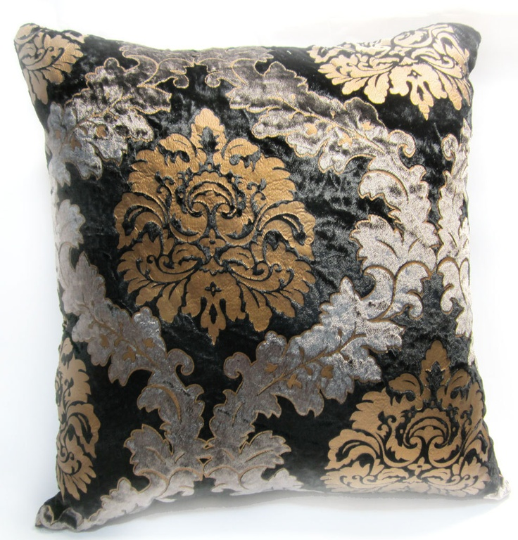 1000 images about formal living room on pinterest 2 for Black damask chaise longue