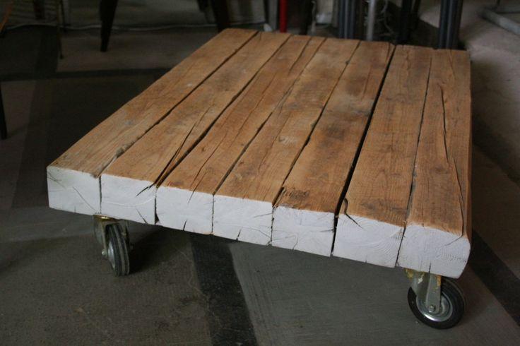 Table basse en Poutres Chêne à roulettes contemporain ou vintage