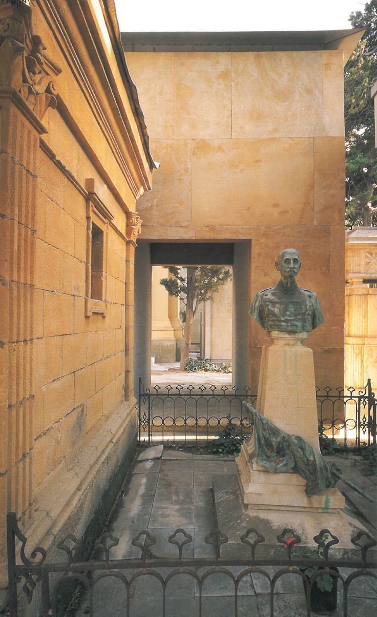 """elarafritzenwalden: Funerary chapelTrapani, Sicily, Italy; 1992 Francesco Venezia Taken from """"Francesco Venezia: L'architettura, gli scritti, la critica"""", Electa, Milano (1998)"""