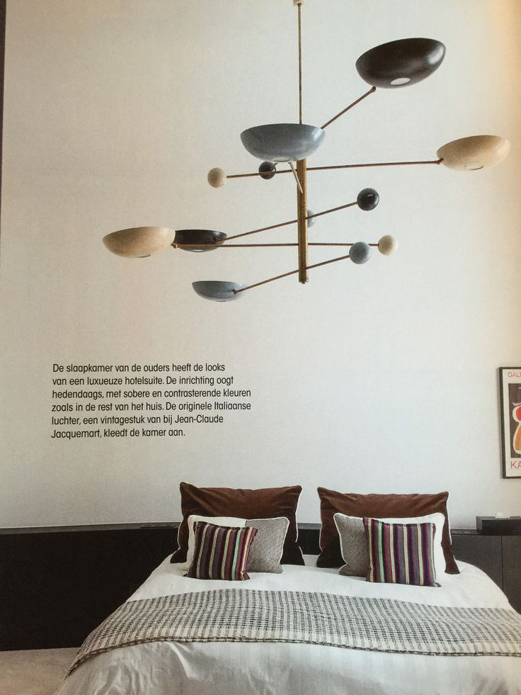 Vintage italiaans. Jean-Claude jacquemart. In slaapkamer. Fantastische luchter