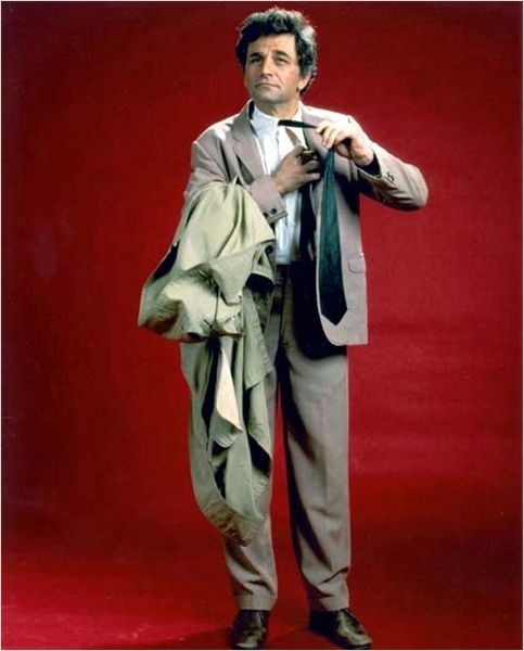 Columbo : photo Peter Falk - Before CSI all a detective had to rely on were Observation Skills. Columbo noticed EVERYTHING.