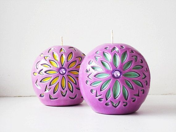 Set 2 balls candles - Carved interior candles balloons - purple yellow mint - a gift of candles