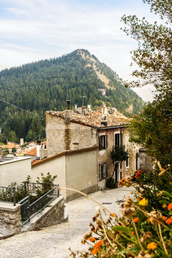 Ovindoli: 'the town's popularity as a summer holiday destination almost rivals its winter tourism due to the beauty of the surrounding landscape.' Abruzzo: the Bradt Guide http://www.bradtguides.com