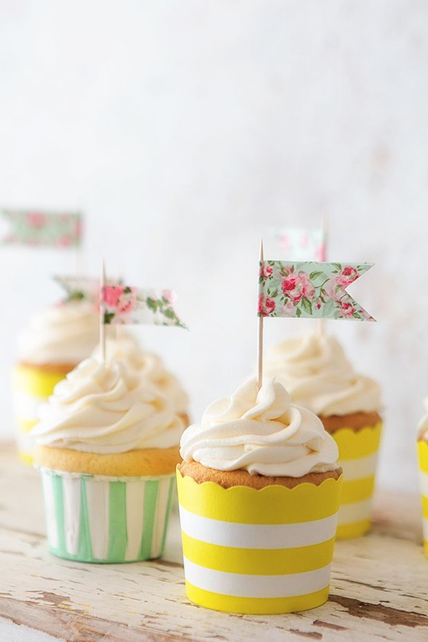 Classic Vanilla Cupcake   Bakers Royale