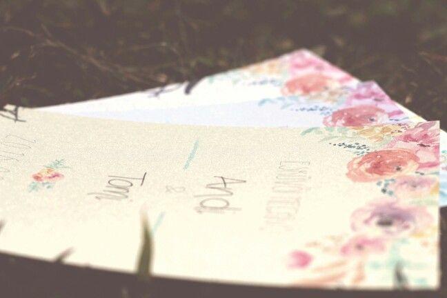 Meghívók több féle papíron  www.mayfly.hu