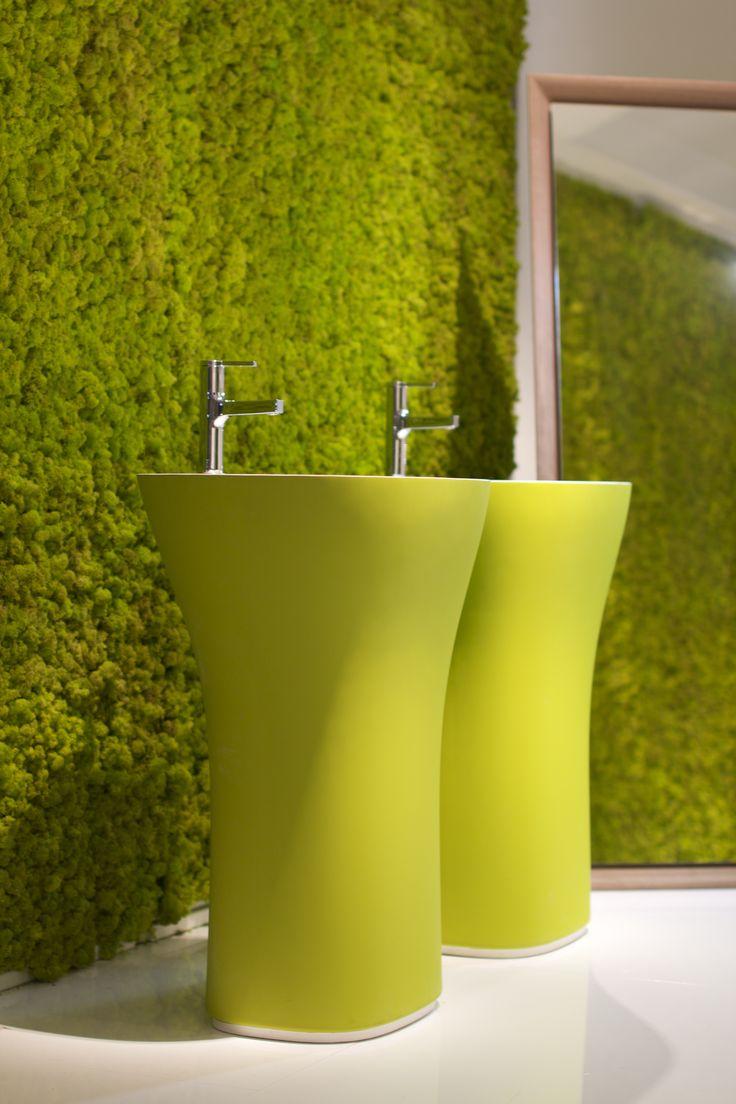 Scoop freestanding washbasin  #verdeprofilo #falper #cersaie #bologna #MOSS #MOSStile #WallProjects