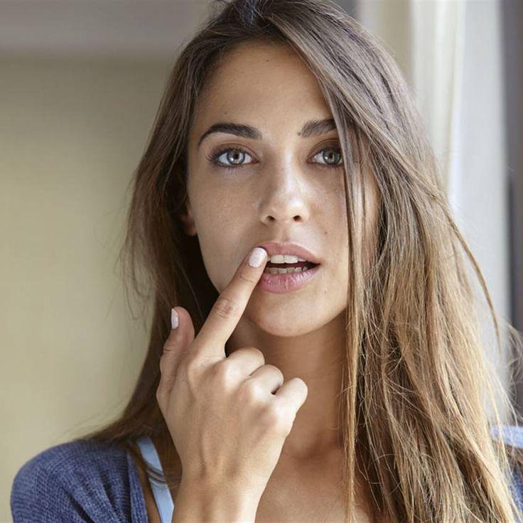 ¡Cuida tus labios! Prepara estos bálsamos naturales en casa Salud Natural, Autumn Leaves, Winter, Home, Avocado Oil, Jojoba Oil, Peppermint Essential Oils, Smooth Lips, Chapped Lips