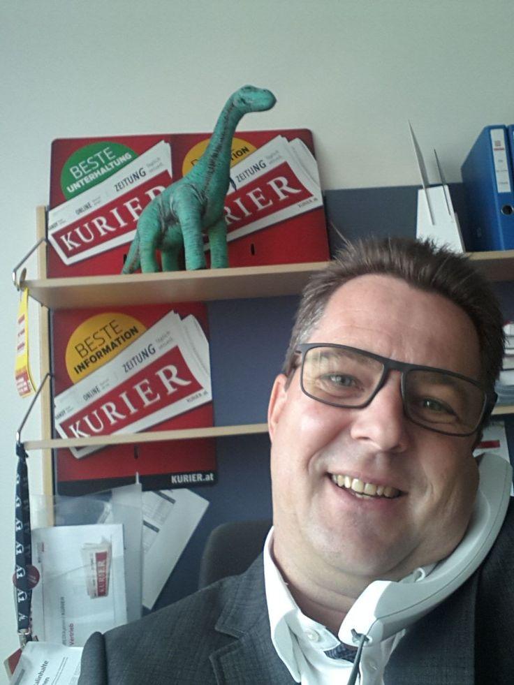 #Selfie: Der #Vertrieb sorgt dafür, dass der #KURIER auch tatsächlich dort aufliegt, wo Sie ihn gerne kaufen wollen.