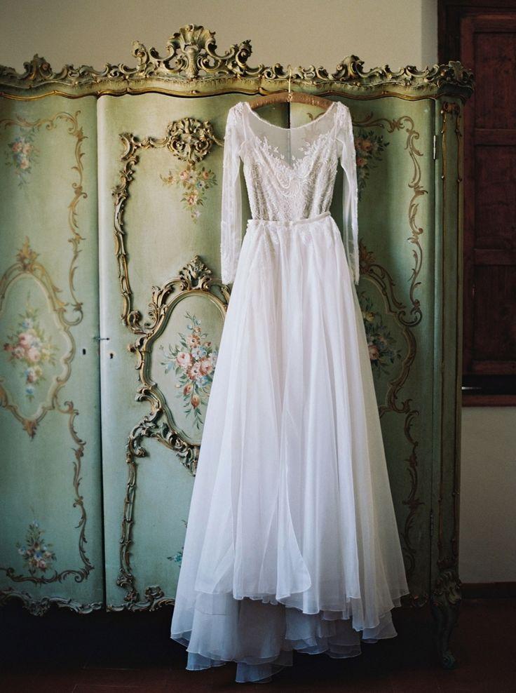 Wedding Dress: Paolo Sebastian - Haute Couture - http://www.stylemepretty.com/portfolio/paolo-sebastian-haute-couture Photography: Laura Gordon Photography - lauragordonphotography.com   Read More on SMP: http://www.stylemepretty.com/2016/06/23/italian-destination-wedding-outside-rome/