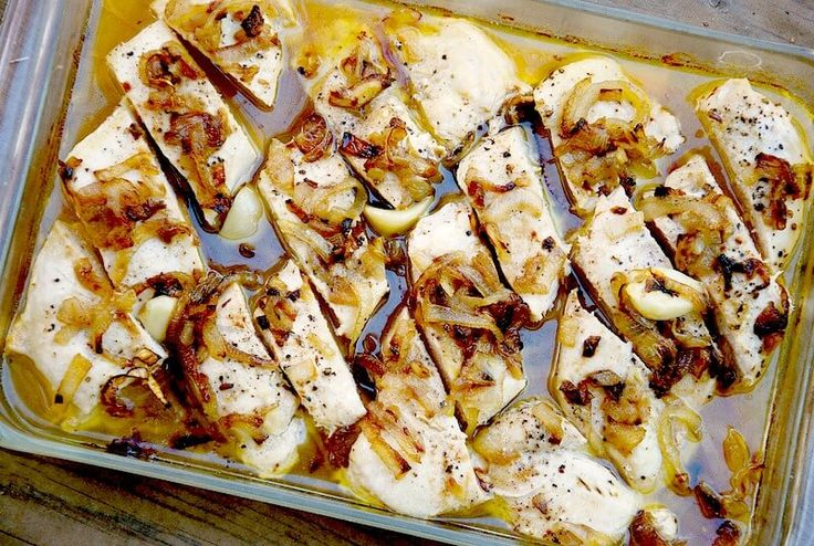 Mama Mia! This Garlic Butter Chicken with Caramelized Onions is so good, you'll be lickin' your fingers!