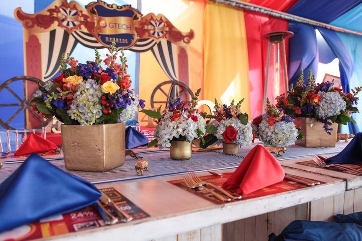 fiesta de fin de año corporativo, Colombia, eventos, fiesta temática, navidad, circo.  por @adrianasatizabal.