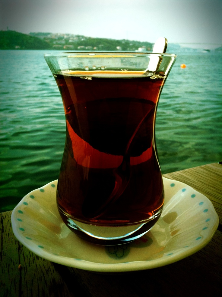 'simit' on the bosphorus: Turkish Tea