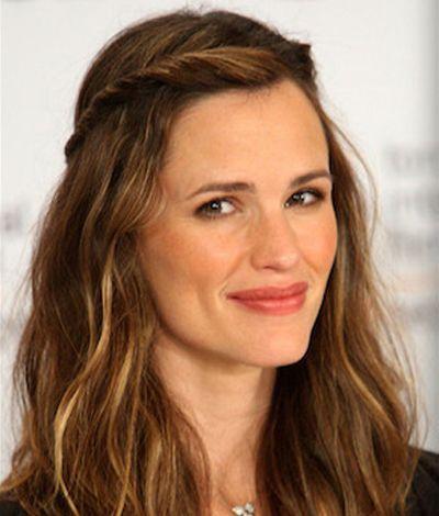 21 Chic Hairstyles For Ladies Over 60 Jennifer Garner