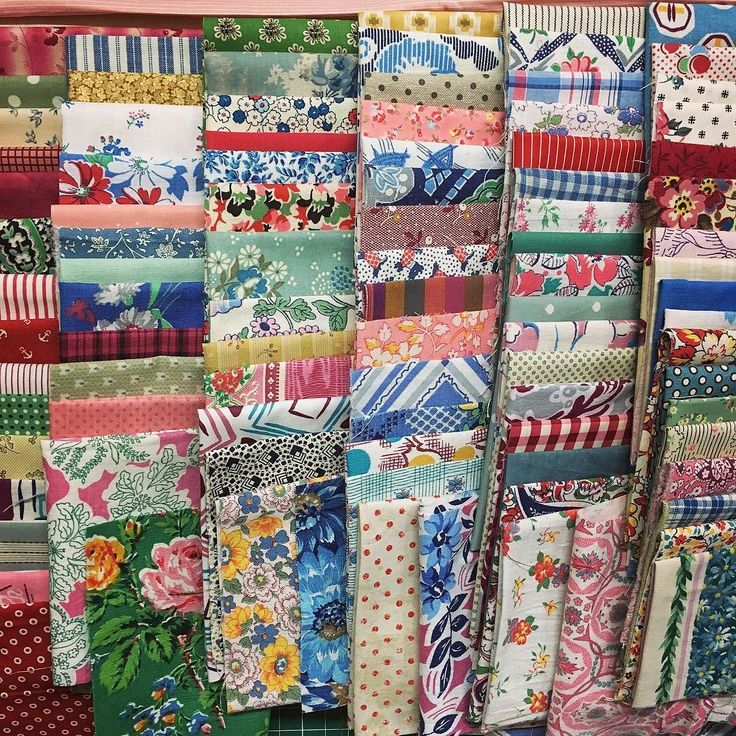 Love starting new projects...... scrappy heaven over 80 fabrics can't wait to start cutting and stitching these beauties! #luccellomelbourne #feedsackfabric #vintagefabric #quilting #scrappyquilt #vintagequilt #fabricaholic #howmuchistoomuch