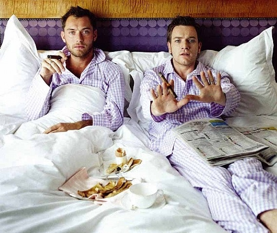 Jude and Ewan in bed