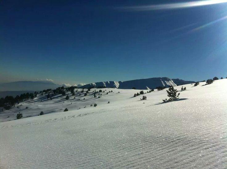 Ξέχασε να μας χιονίσει.. Και εμείς που θέλαμε να νιώσουμε ξανά παιδιά; #arive #photo #18_01_2014 http://ow.ly/sKig2