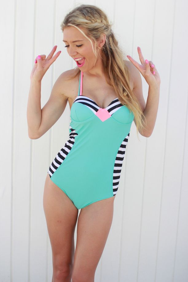 SoCal style: Venie Beach Swimsuit from Albion