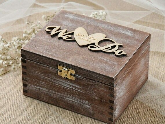 Rustic ring box...so cute