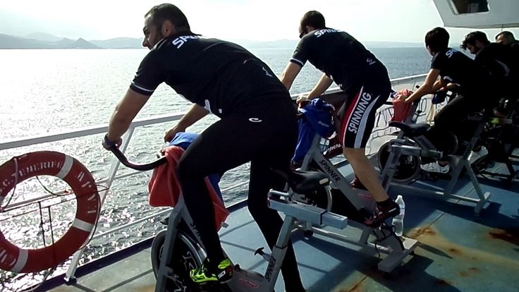 Ciclo Fitness Spinning on board in a Boat. Be tweet Europa & Africa www.cruzandoelestrecho.com