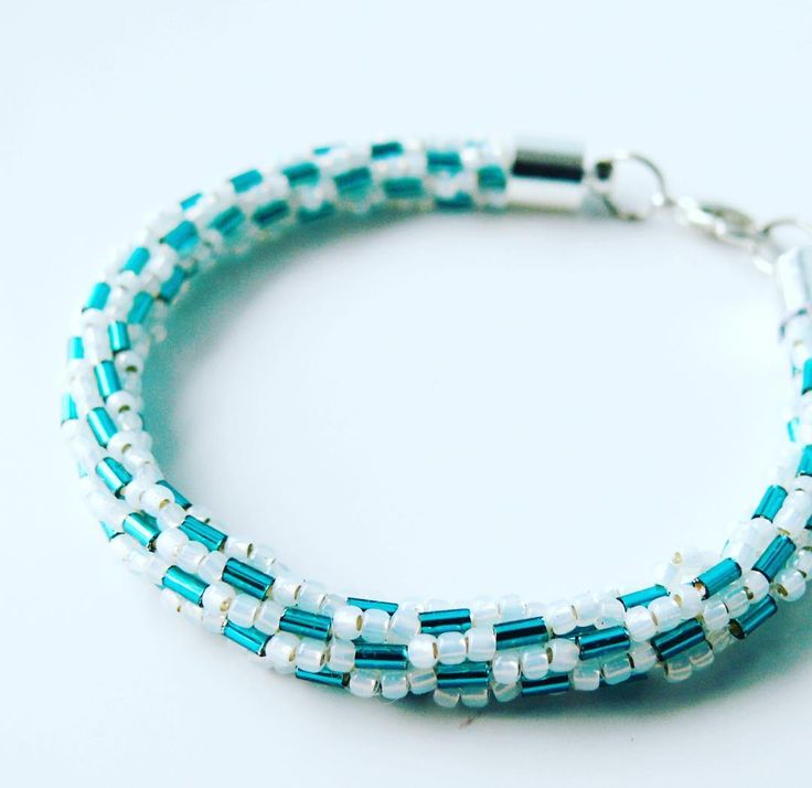 #beading #beadedbracelet #DIY #mobihandmade #jewellery