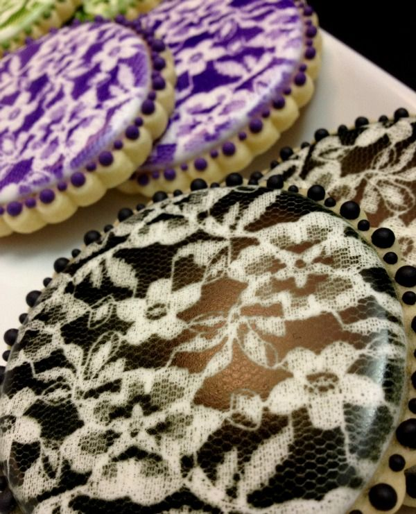 Airbrushing lace on cookies|SweetSugarBelle.