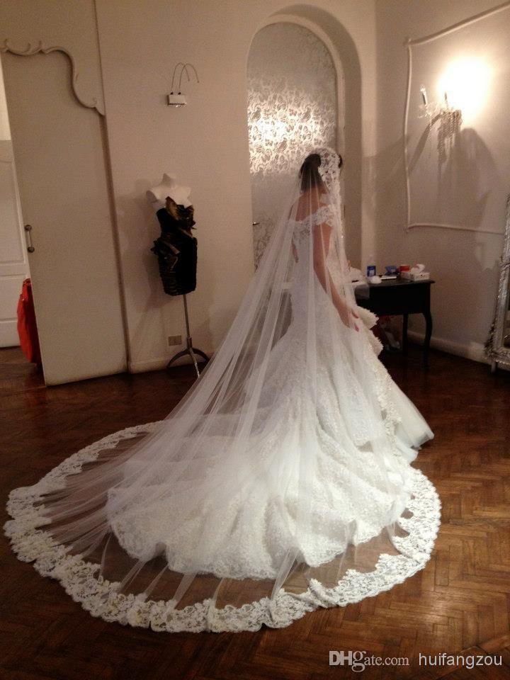 1 layers ivory bridal wedding veils hem lace appliques for Long veil wedding dresses