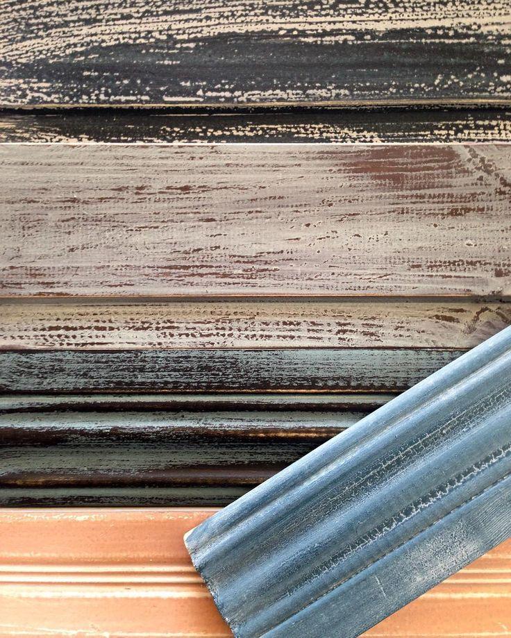 Sitter och leker litehar som en egen liten workshop för mig. Bara för att det är så KUL  #måla#skattkammarbutiken#missmustardseedsmilkpaint#återbruka#genbrug#vintage#interiör#lovemmsmp#kalkfärg#shabbychic#målaom#inredning#mjölkfärg#interiör#inredning#vintagehome#lantligt#countryhome#doityourself#diy#roomforinspo#brocantechic#inspiration#rusty#instainspiration#antiquechic#frenchcountry