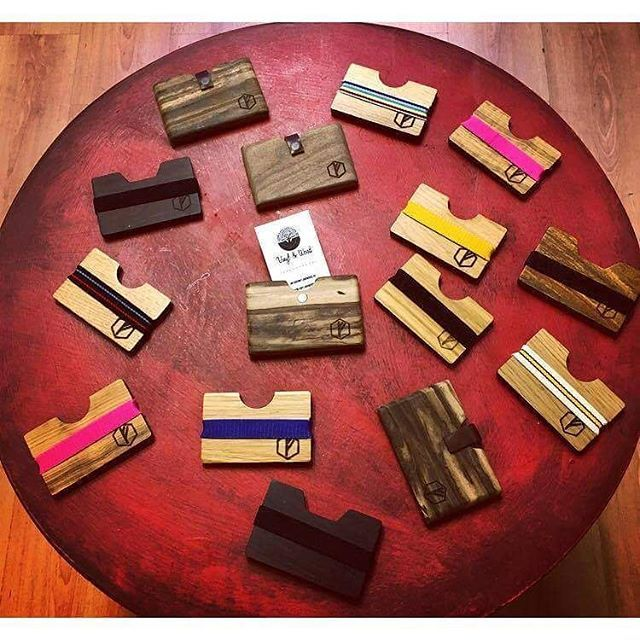 Új #fa tárcákat hozott a tavasz, imádni fogod, garantáljuk!! Keresd boltunkban és a webshopon!!  // The new #woodenwallets came with the spring, you'll love them!! . ◾1077 Budapest, Wesselényi 35. HU ➡ www.vinylandwood.hu EN ➡www.vinylandwood.com . #woodenwallet #unique #fashionaccessories #djlife #clublife #ibiza2016 #onecityonelove #welovebudapest #BDPST #Budapest #Hungary
