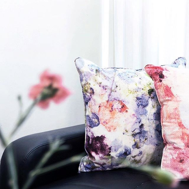 Ready to fall asleep on the couch after this week with some cosy cushions 🌸 It's been a busy one but we are open tomorrow from 11.30-2 tomorrow. Come past and check out the little town of Edenbridge if you're in the area! ➰🍂