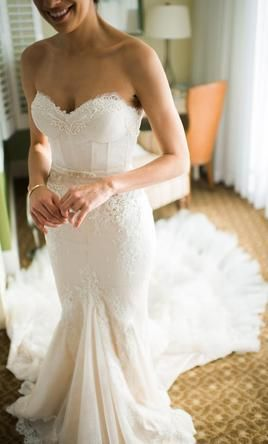 Inbal Dror 13-23: buy this dress for a fraction of the salon price on PreOwnedWeddingDresses.com