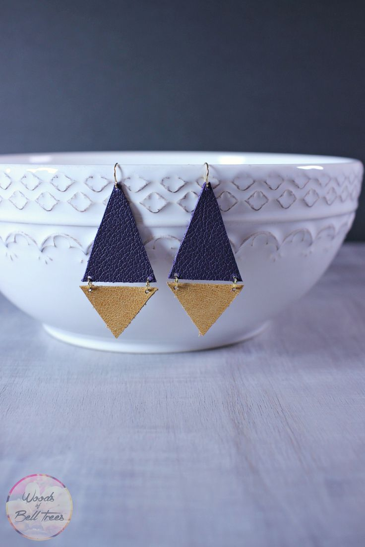 Craft these leather geometric earrings DIY - they're easy and quick to make, this simple handmade jewelry style has a lot of impact and goes with anything!