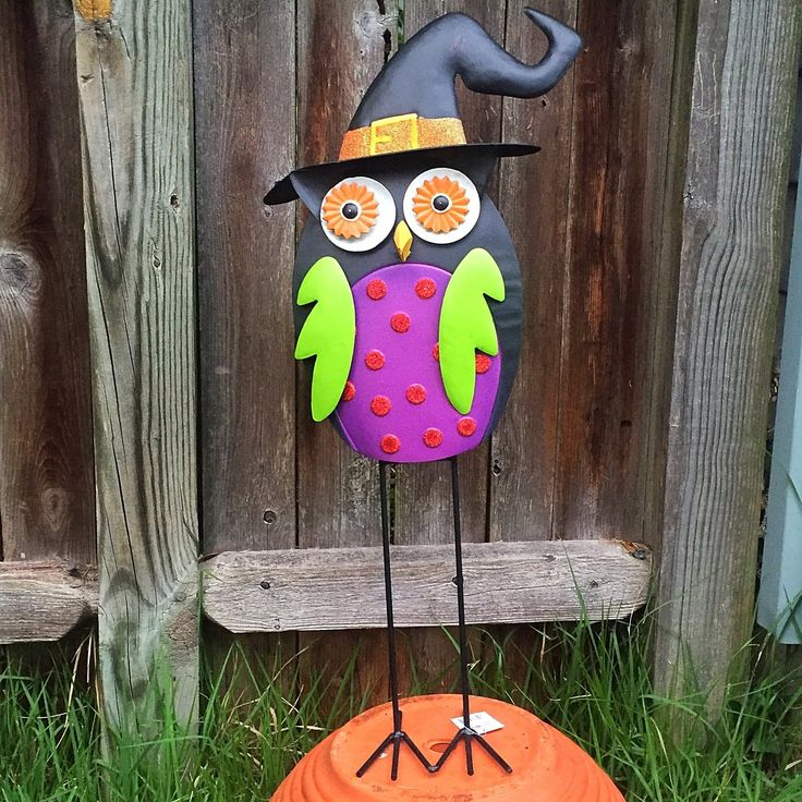 Standing Halloween Witch Owl Metal with purple chest