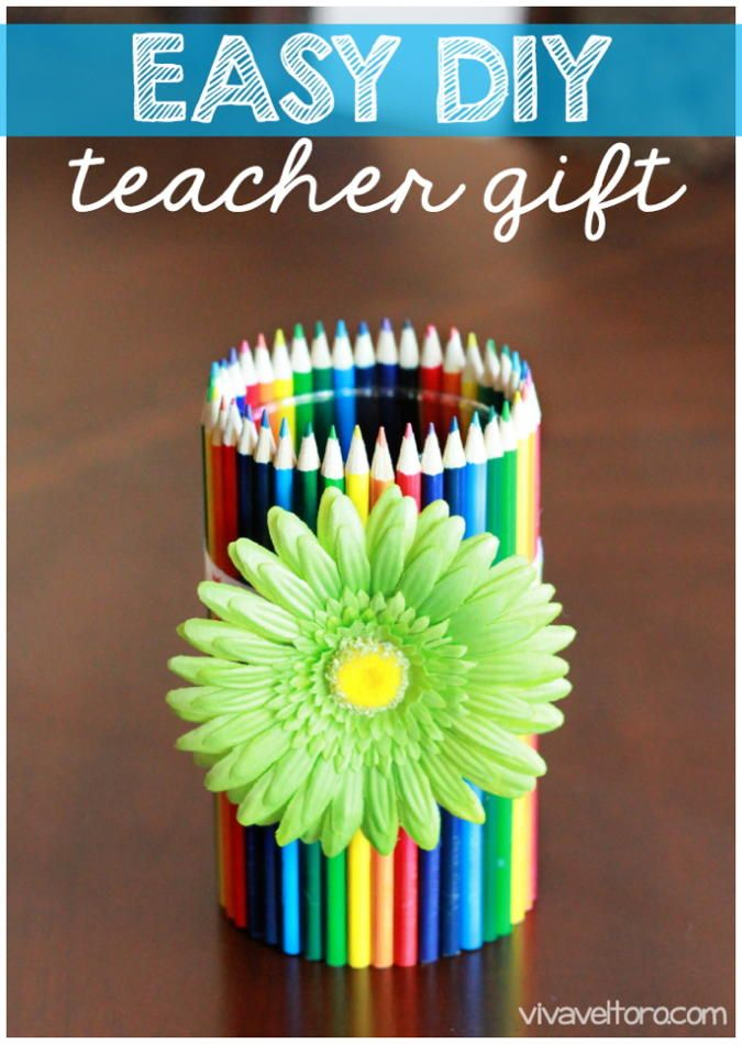 Easy #DIY Teacher Gift - Colored Pencil Vase