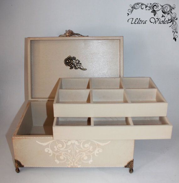Large jewelry box / jewelry box  for jewelry and by UltroViolet