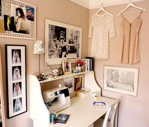 Decoração // Home Office // Área de Trabalho // Costura // Design de Moda // Organização // Fofa ^^