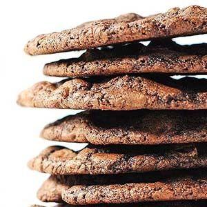 Μπισκότα με μαύρη σοκολάτα και μαύρη ζάχαρη