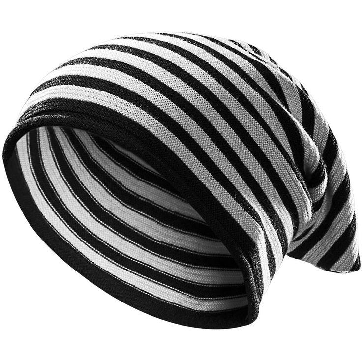 """#Berretto leggero """"Striped Light Beanie"""" della collezione #REDbyEMP a righe orizzontali bianche e nere."""