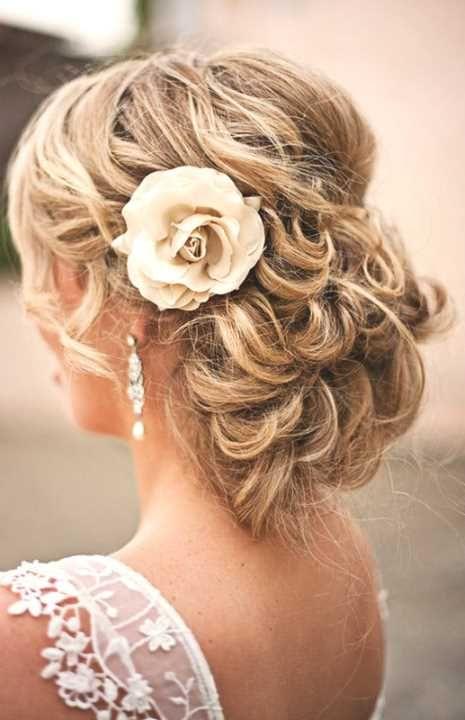 Die besten 25 Hochzeitsfrisur halboffen Ideen auf
