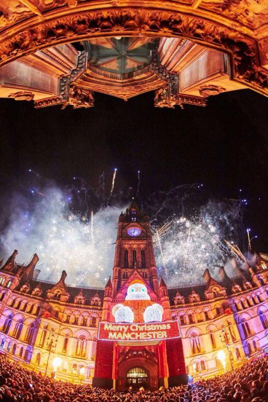 Manchester Christmas Lights 2015 ~ Albert Square  photo: Mark Waugh