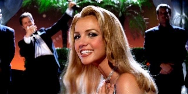 """It's """"Lucky's"""" 15th Birthday; Here are Our Top 5 Vintage Britney Songs"""