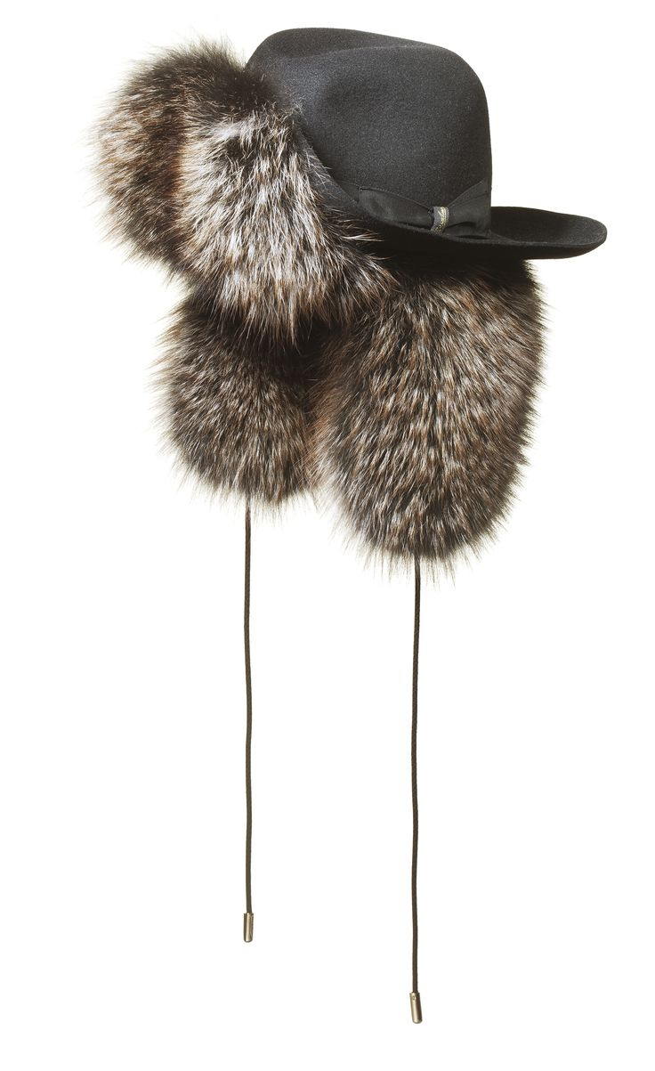 #Borsalino Cappello classico in feltro,ala medio-larga, forma Borsalino, sfoderato, inserto di pelliccia marmotta con paraorecchi e lacci. Made in Italy.