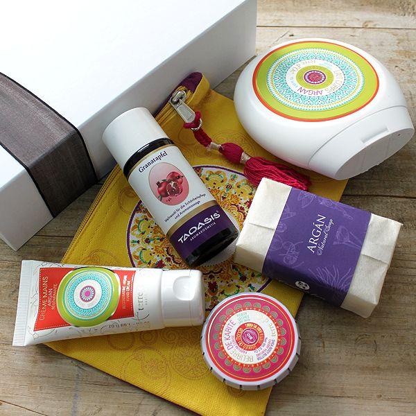 Esta caja contiene una selección de productos adecuados para pieles maduras o que necesitan una nutrición extra.Argán, Granada y Karité nunca vienen mal..